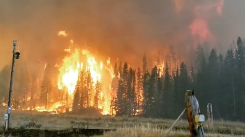 Wyoming wildfire forces evacuations, closes highway south of Jackson