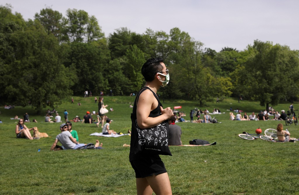 60% of U.S. adults plan to get seasonal flu vaccine: Reuters/Ipsos poll