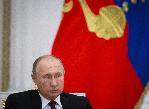 Kremlin rebuffs U.S. call to release Ukraine naval crews