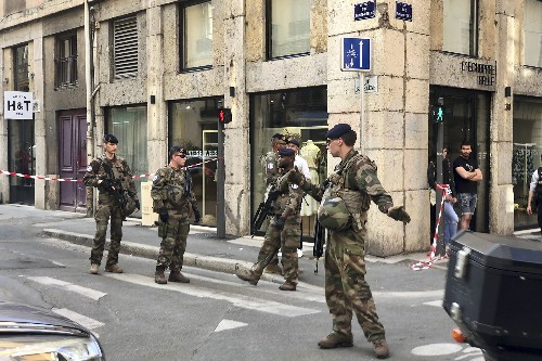 Suspect in Lyon explosion claims ties to Islamic State group