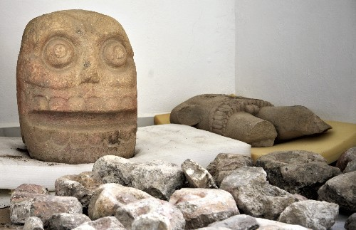 Mexico finds Flayed god temple; priests wore skins of dead