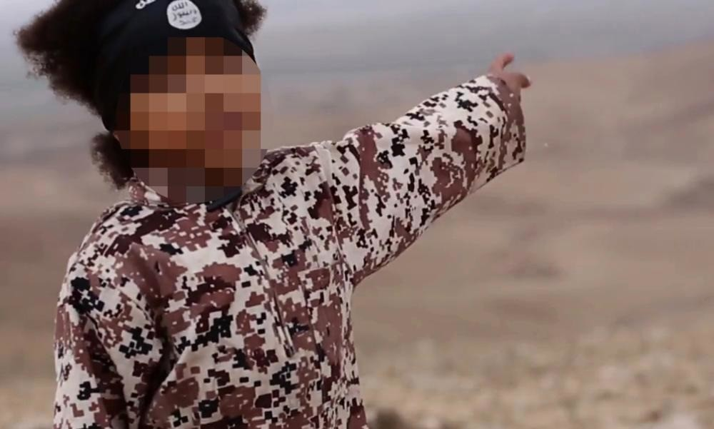 Search for UK jihadi in Isis video to use voice and vein recognition software