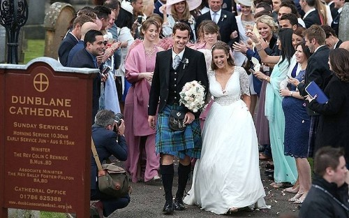 Andy Murray and Kim Sears marry in Dunblane Cathedral, in pictures