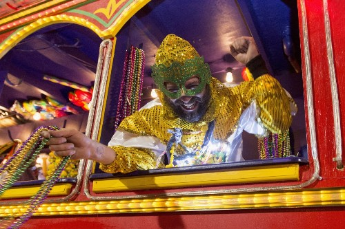 Mardi Gras in High Gear in New Orleans: Pictures