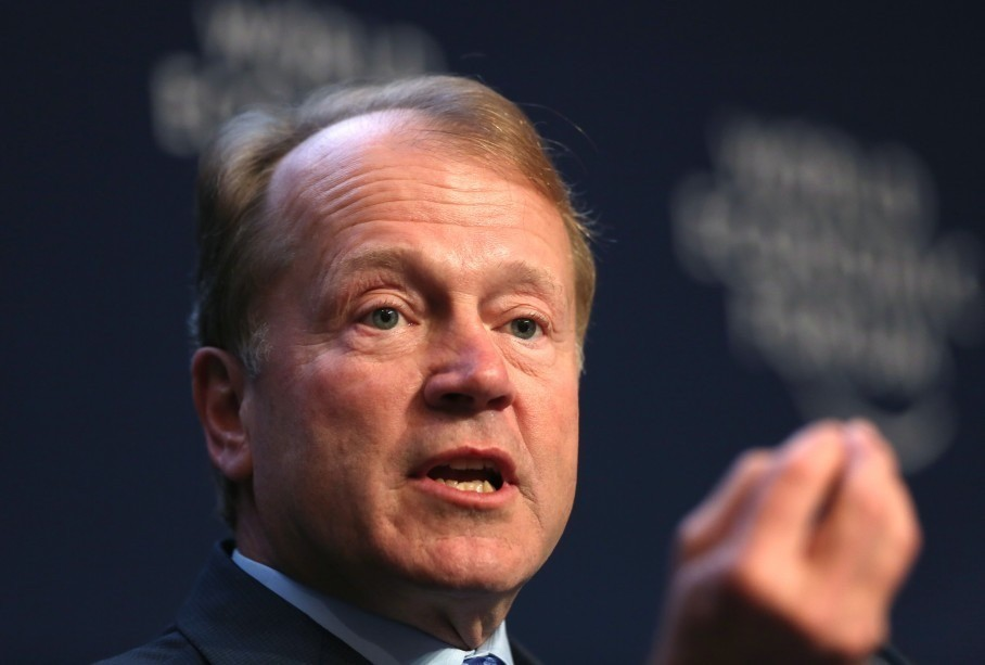 Cisco names John Chambers's successor