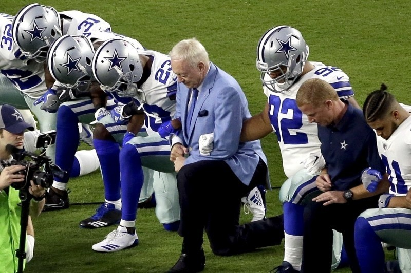 Jerry Jones Says Any Cowboys Player Who 'Disrespects' the Flag Won't Play