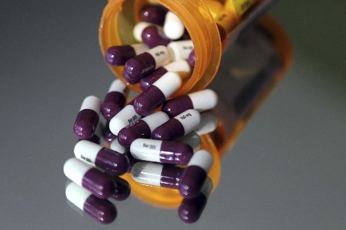 GOP, Dems offer compromise to reduce drug costs for seniors