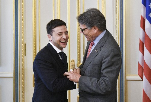 After push from Perry, backers got huge gas deal in Ukraine