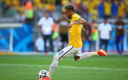 Neck Injury Benches Brazil Star Neymar