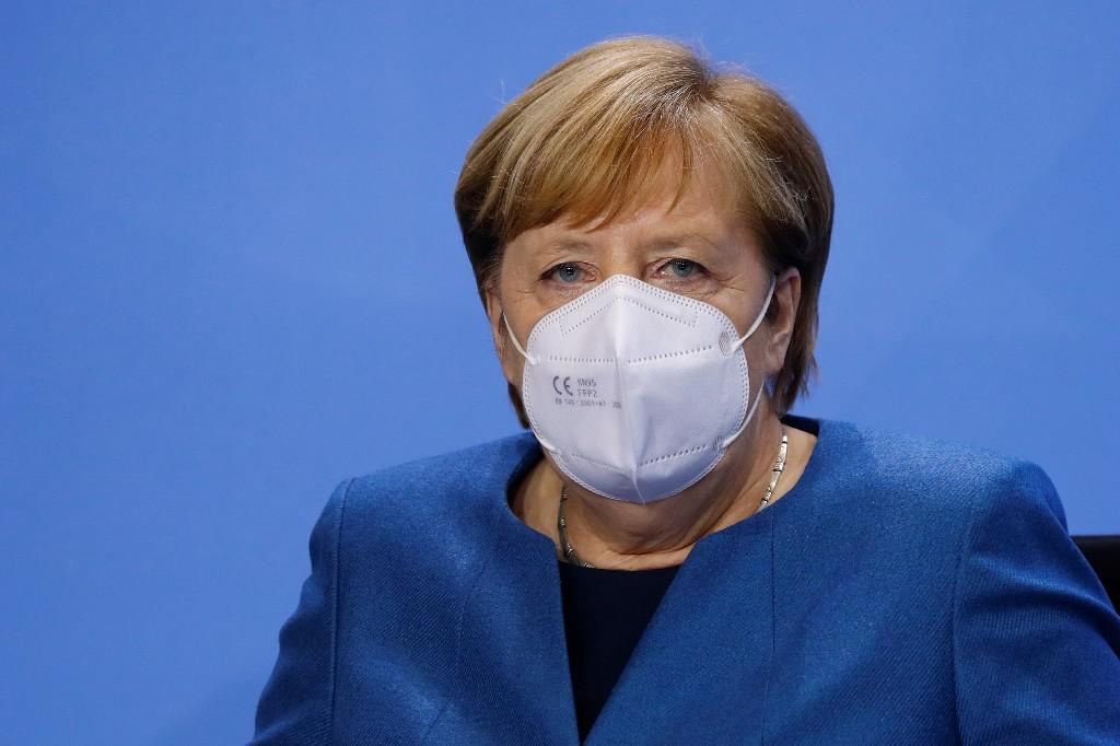 Merkel wants to close all bars, restaurants to halt virus spread - Bild
