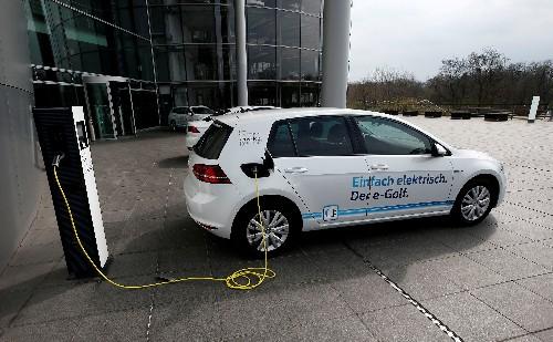 VW's supervisory board eyes multi-billion electrification plan