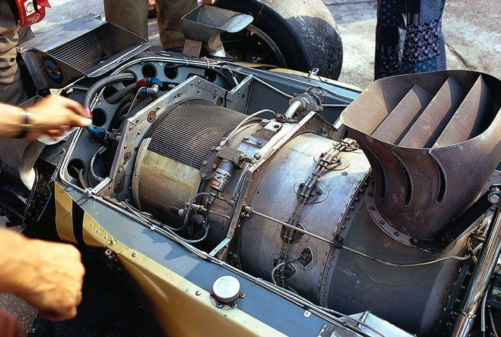 Emerson Fittipaldi took the 4WD turbine powered Lotus 56B out for one final time at the 1971 Italian Grand Prix before Chapman & Co went back to the conventional Lotus 72 for good. Fast in the wet due to 4WD it was too fragile and heavy to be a serious challenger in Formula One. Dave Walker and Reine Wisell also had outings in the car.