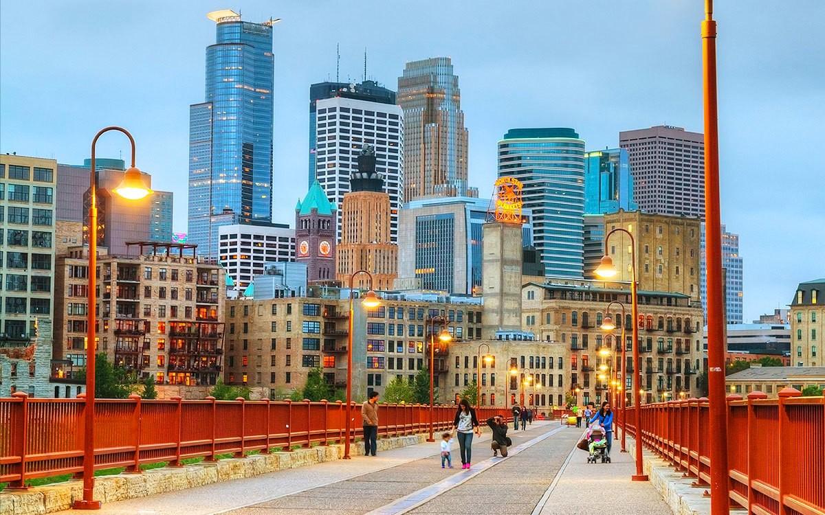 Join Us: Flip 'n' Sip in Minneapolis