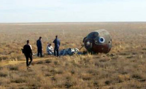 Russian space rocket fails in mid-air, two-man U.S.-Russian crew lands safely