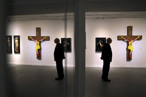 Israeli museum to drop 'McJesus' sculpture after protests