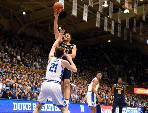 No. 7 Duke routs Notre Dame for 7th straight win