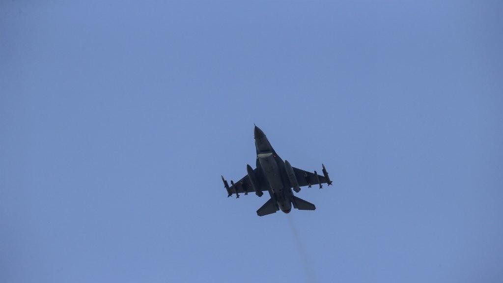 Turkey strikes Kurdish targets, returns regime fire in Syria