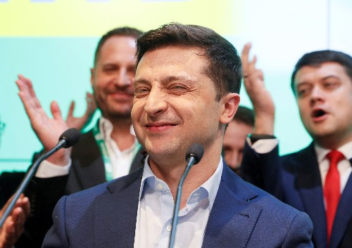 Peace, honesty and cheap gas: Ukraine's new leader shoulders high expectations