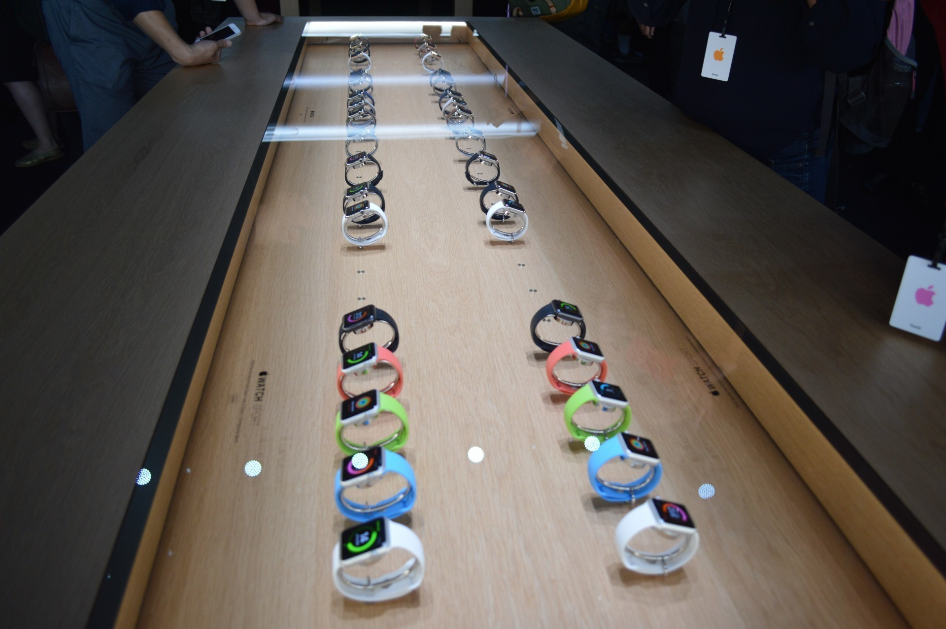 Apple considering dedicated Apple Watch stores as it sets up Paris booth
