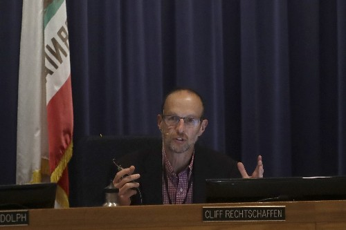 California regulators order inquiry into power outages