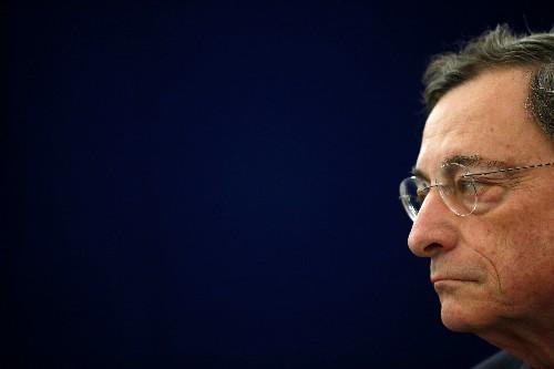 Draghi (BCE): L'économie de la zone euro plus faible que prévu