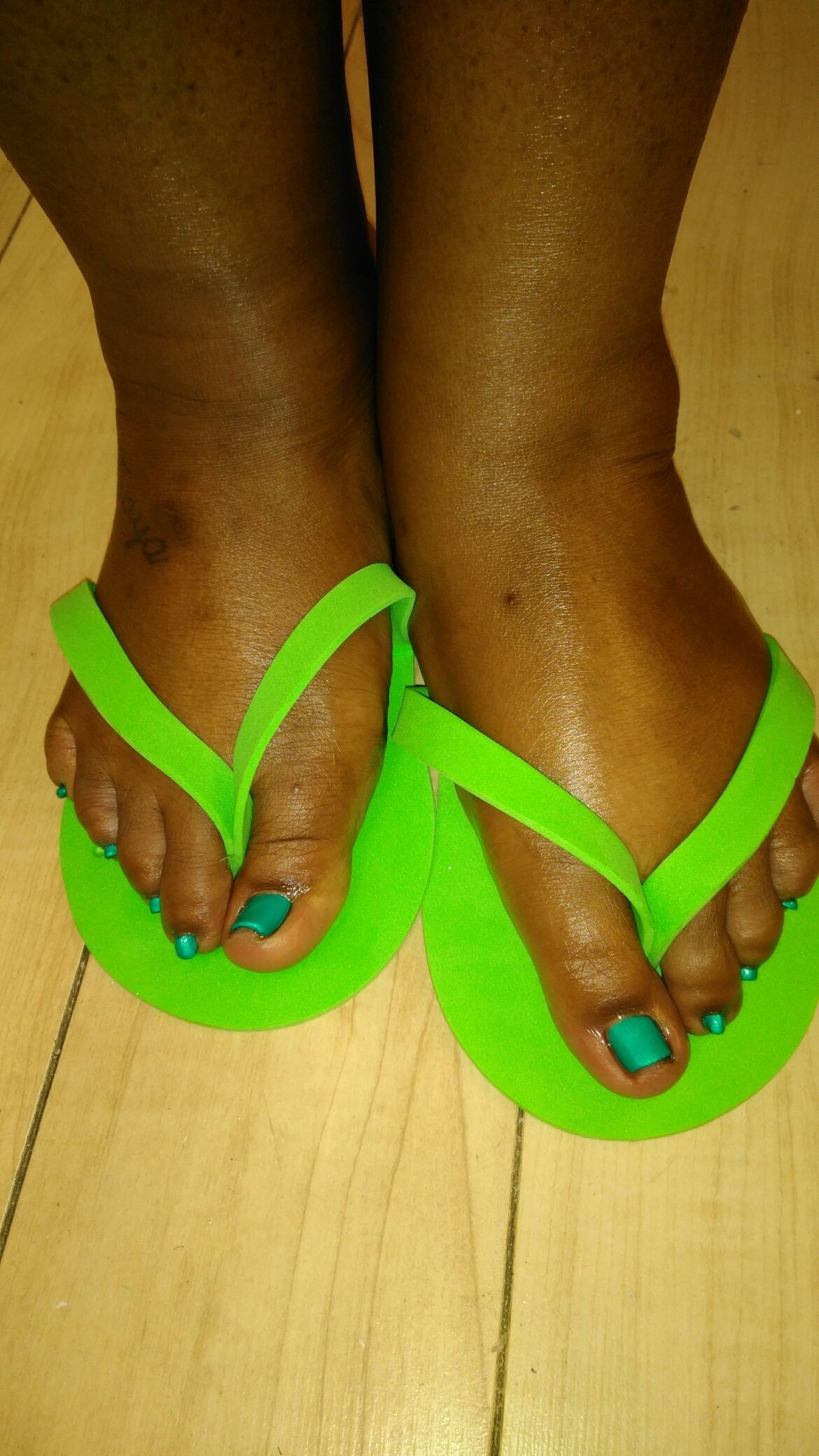 Thank u so much Ms. LaTavia Allen for getting your #toes done with #ThaPolishQueen today! #ComeSeeMe #PrettyGurlsFeet #CleanBlackMasterNailTech #IDoNotRush #ITakeMyTime #UrMoneyWillBeWellSpent #UrToesMustBePerfectBeforeYouLeave #ComeExperienceMyHomemadeScrub #SpaologyNailSpa #ISupportBlackOwnedBusinesses Spaology Nail Spa & More 3000 Kavanaugh Blvd, Ste. C LR, AR 72205 To book your appointment email me @ PrettyGurlsFeet@gmail.com or call me at the salon @ 501.265.0303 or to book directly and purchase your service... Go to my website @ me on IG: @ms_beautiful_feet #ImWaitingOnYou