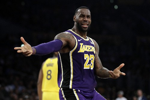 Lakers beat Warriors 120-94, improve to 9-2