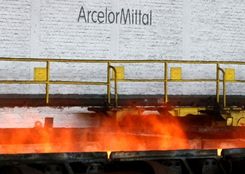 ArcelorMittal removes 30 families from area close to dam in Brazil