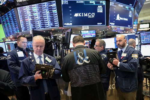 Wall St. ends choppy day higher; tech helps, Brexit weighs