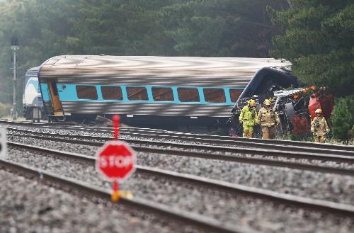 Two killed as Australian train derails