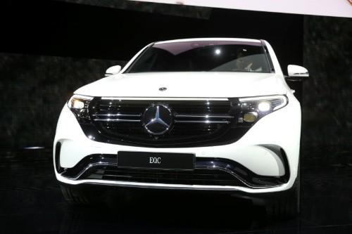 Daimler dementiert Bericht über Kürzung von Absatzziel für Elektro-SUV EQC