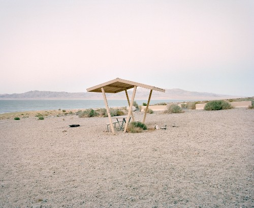 The Selects: America's Vanishing Rest Stops