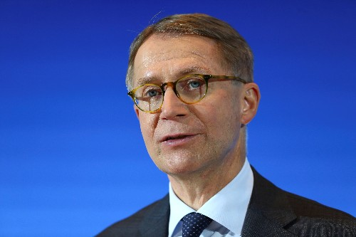 Lufthansa gives cautious outlook as fuel and Eurowings weigh
