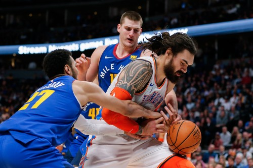 Jokic's big game helps Nuggets hold off Thunder