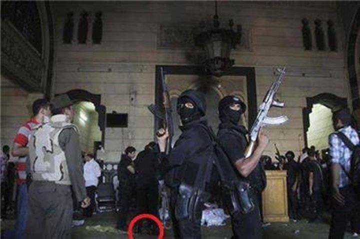 """غزوة رمسيس. أيوة دي القوات الخاصة المصرية بعد فتح مسجد """"الفتح"""" برمسيس. و كله بالبيادة."""