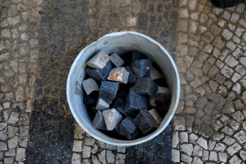 Portuguese pavement makers fear death of centuries-old tradition