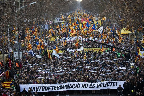 Does Catalan crisis threaten to make Spain 'ungovernable'?