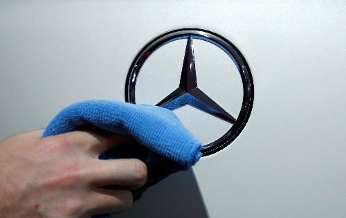 """""""Dieselgate"""": Daimler rappelle des centaines de milliers de Mercedes"""