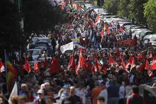 Italy marks liberation anniversary as some glorify Mussolini