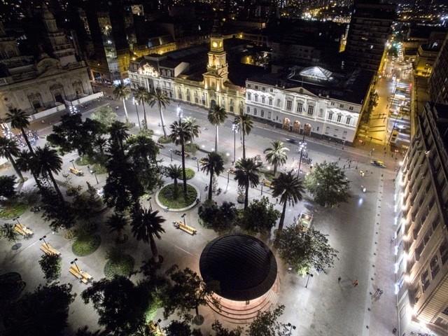 Plaza de Armas - Santiago de Chile - iGuzzini - Magazine cover