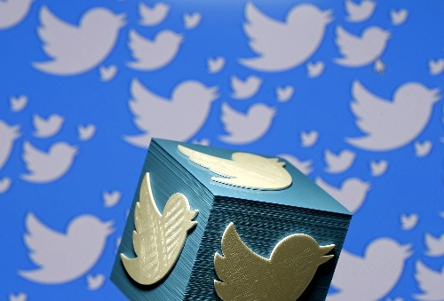 Twitter gains more users, Trump renews attack on social media