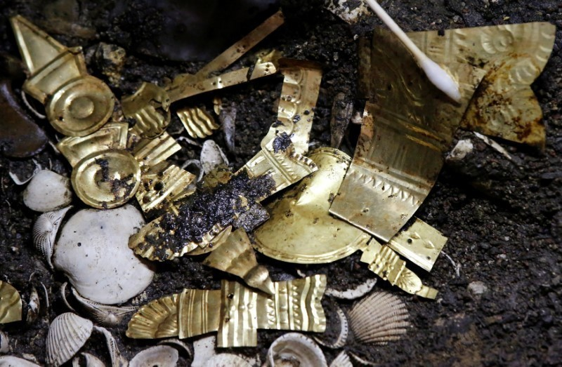 Exclusive: Aztec golden wolf sacrifice yields rich trove in Mexico City