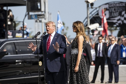 Trump takes Daytona 500 warmup lap in presidential limousine