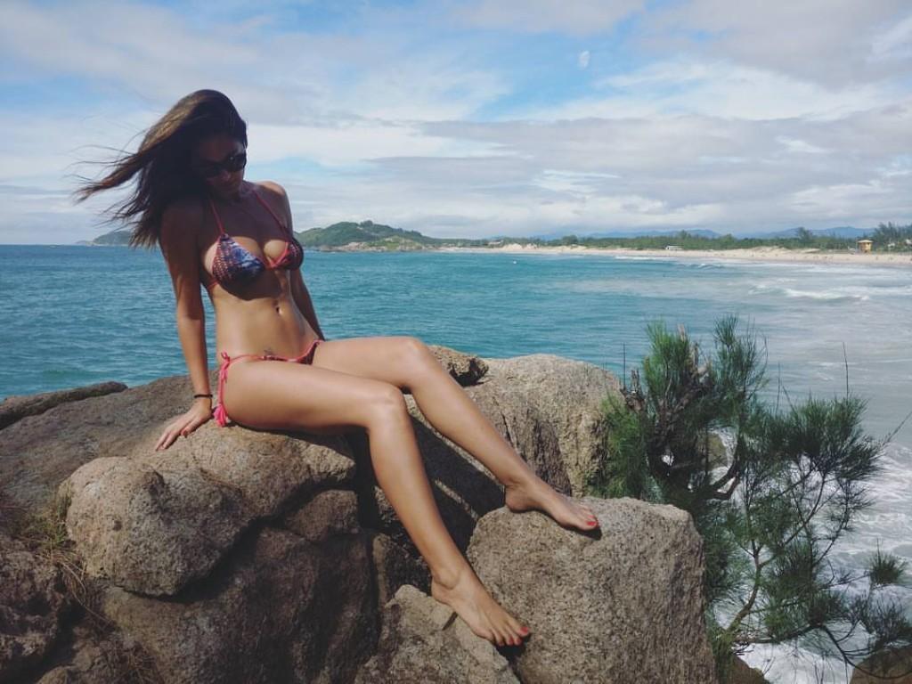 Bikini World 2017 - cover
