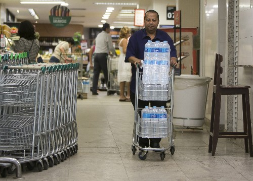 Smelly Rio de Janeiro water supply has residents on edge