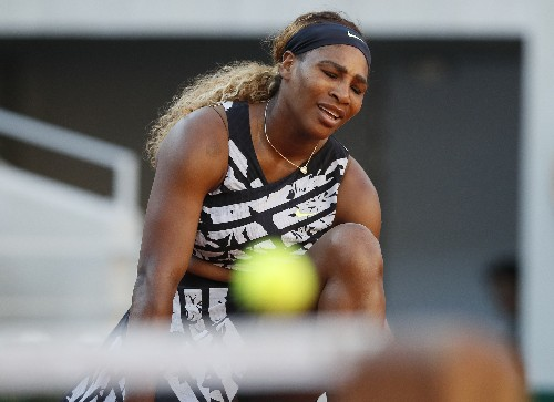 The Latest: Serena Williams loses in 3rd round of French
