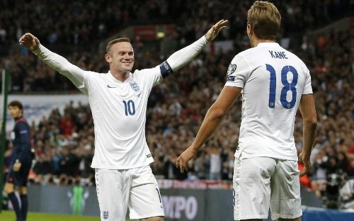 Wayne Rooney remains vital to England's youthful squad, insists Ross Barkley