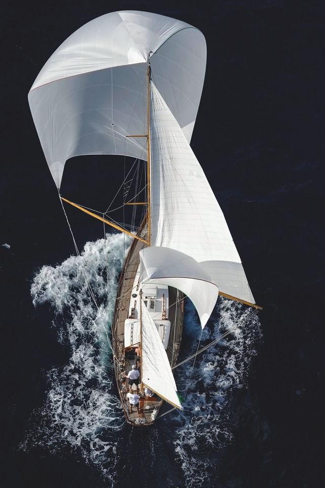 Yachting Mag - Magazine cover