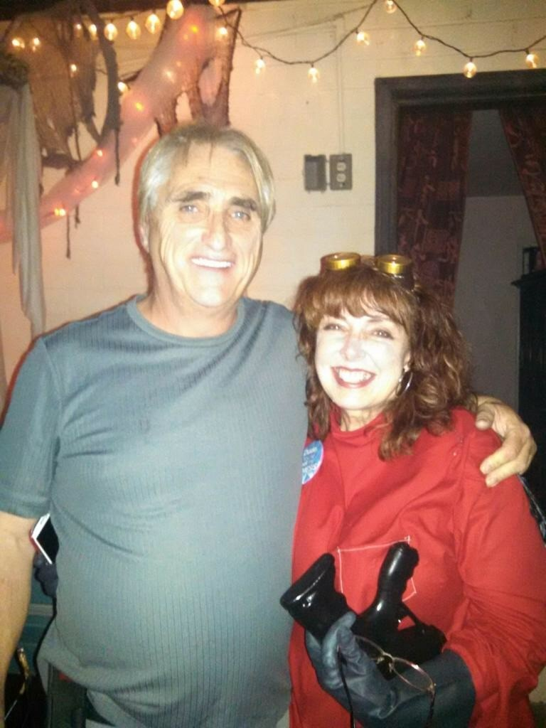 Jerry Gordon visiting our cousins in Arizona ... Kate Wagner is sooo sweet ...I love her !!