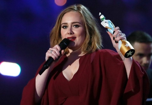 Adele steals the show at 2016 BRIT Awards
